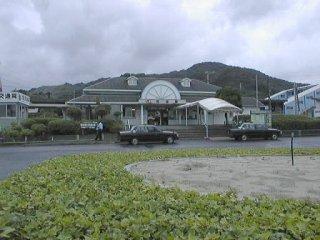 苅田駅 苅田(かんだ) 苅田の町のほぼ中心にある駅です。「かんだ」、「かりた」... 日豊本線